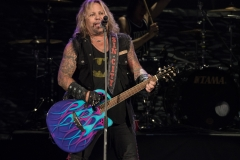 VinceNeil-HairNation-IrvineMeadows_CA-20160917-RocBoyum-006