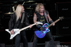 VinceNeil-HairNation-IrvineMeadows_CA-20160917-RocBoyum-007