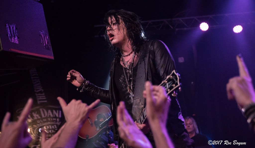 TomKeifer-WhiskyAGoGo-Hollywood_CA-20170423-RocBoyum-053.jpg